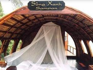Mekong Song Xanh Cruise Tour from Cai Be to Long Xuyen
