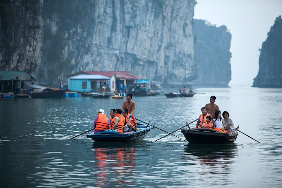 Halong Bay Pelican Cruise Expedition for 3 Days / 2 Nights