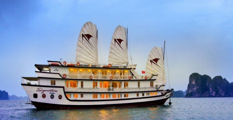 Halong Signature Luxury Cruise Tour - 3 Days / 2 Nights