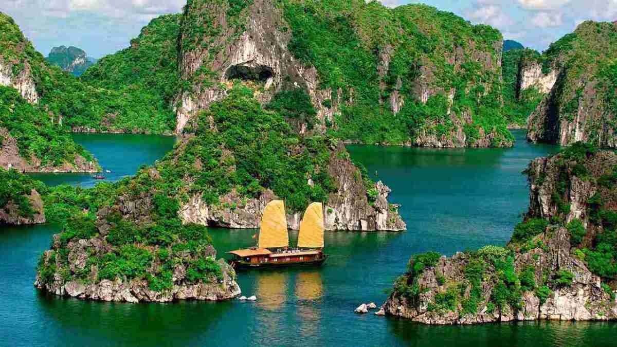 12-DAYS CAMBODIA & VIETNAM TOUR