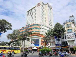 Vietnam_Hochiminh_Dist5_Cholon_WIndsor Plaza Hotel (1)