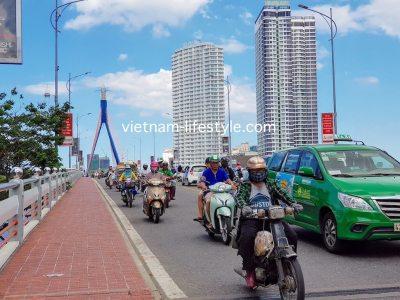 ベトナム_ダナン_Azura_Vietnan_Danang_Azura_Vinperal_Bridge