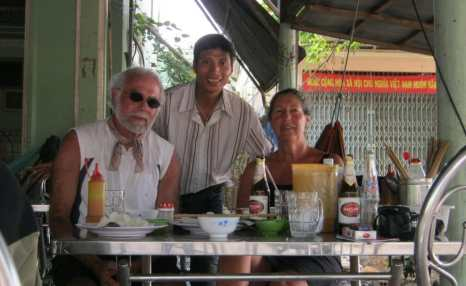 Motorbike tours in Southern Vietnam Pic16