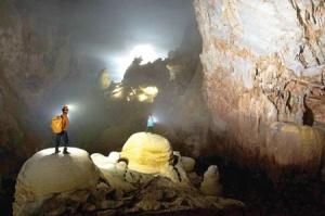 Tien Son Cave 1