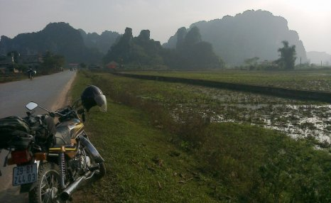 Motorbike Tours in Vietnam North East Pic03