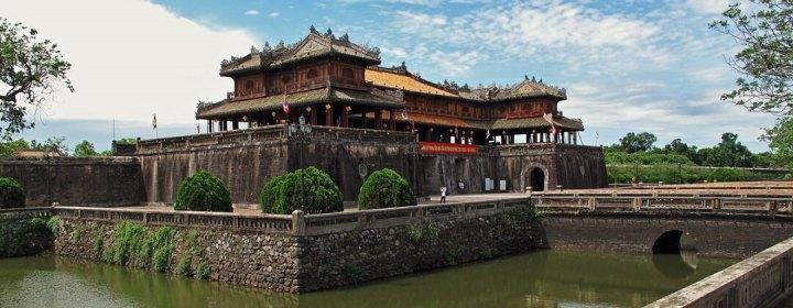 Ngo Monpoort, entree Keizerlijke Stad (Imperial City - Citadel) - Hue, Vietnam