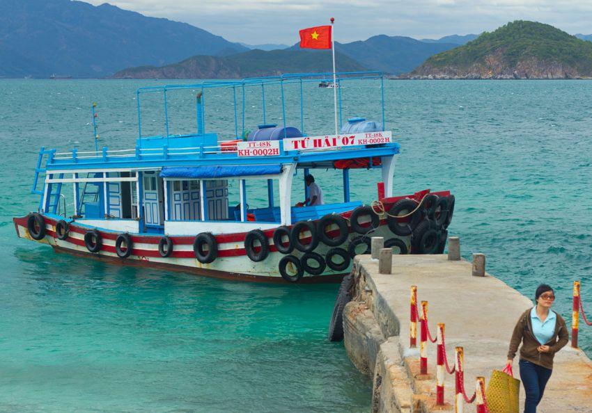 Катер до острова Хон Мун из Нячанга