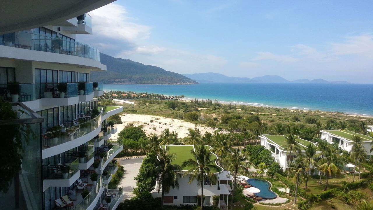 Пляж Бай Зай с балкона отеля