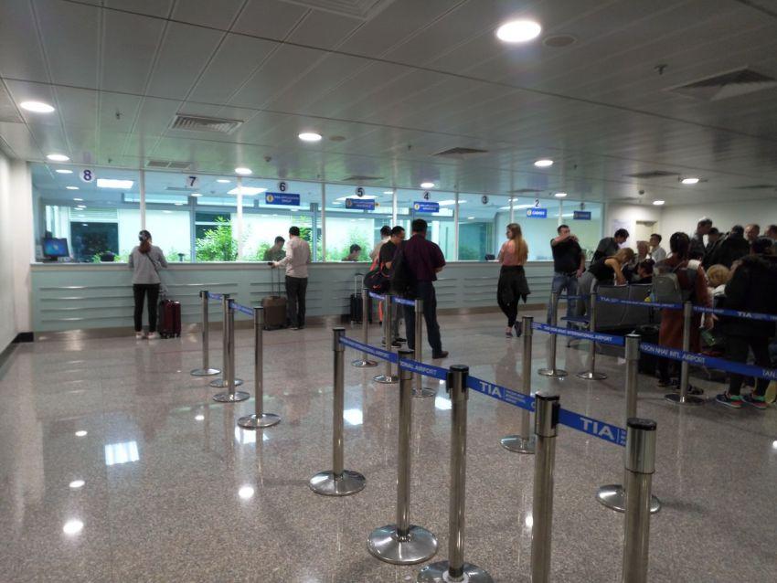 Окно получение визы в аэропорту Вьетнама (Хошимин)