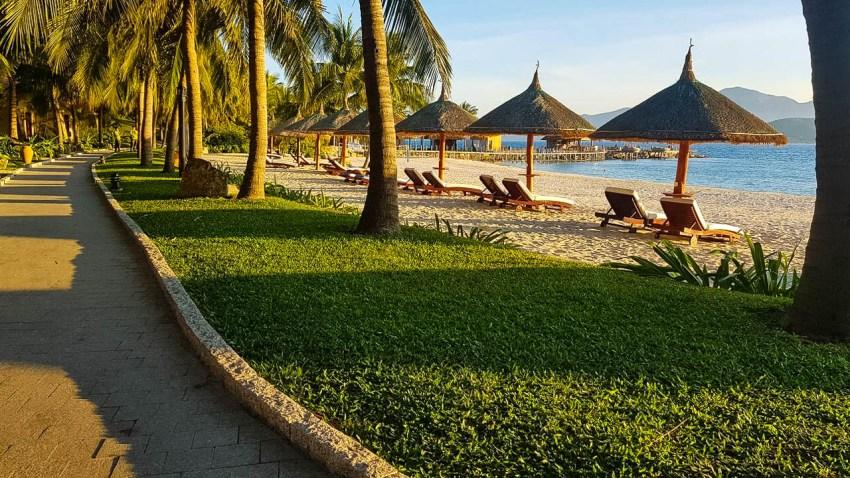 Отель Vinpearl Luxury Nha Trang 5*