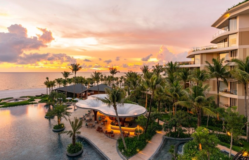 InterContinental Phu Quoc Long Beach Resort: вид сверху