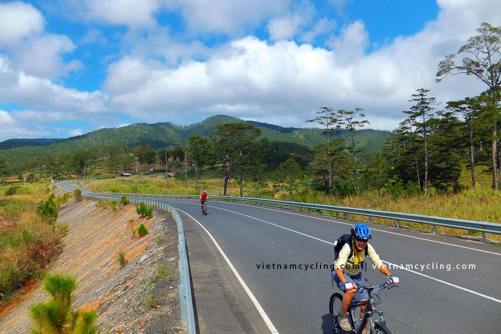 vietnam central highlands cycling photo, picture