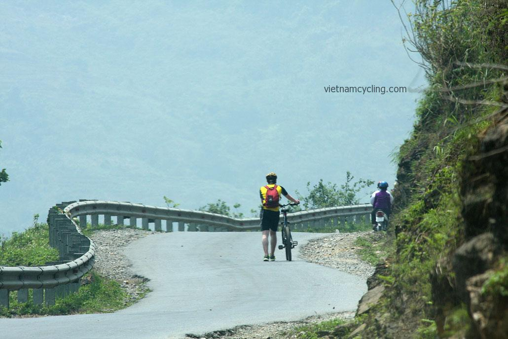 cycling northeast vietnam, ha giang