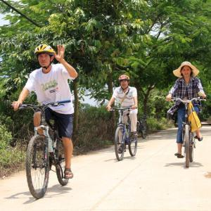 cycling hanoi bat trang