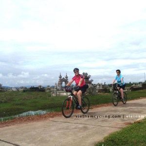 cycle hue to hoian