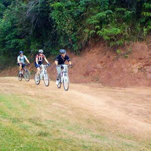 cycling mai chau, hoa binh vietnam
