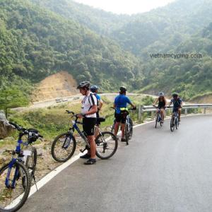 cycling northwest vietnam