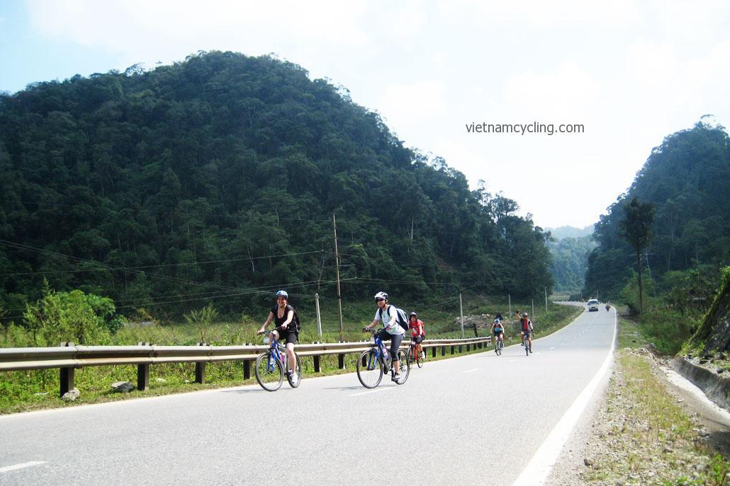 cycle northwest vietnam