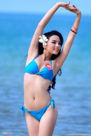C__Data_Users_DefApps_AppData_INTERNETEXPLORER_Temp_Saved Images_hoa-hau-ky-duyen-sexy-voi-bikini 01