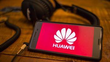 Will Vietnam develop 5G with Huawei's equipment? - Vietnam