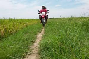 Hanoi motorbike tours, Hanoi motorcycle trips