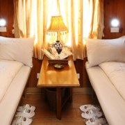 sapaly-express-train-vip-2-beds