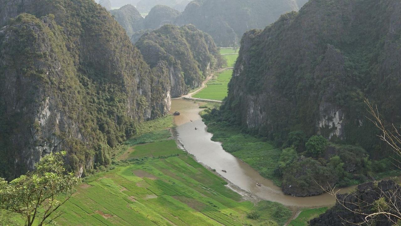 Ninh Binh Excursion 2 Days 1 Night.Vietnam & Indochina Tours