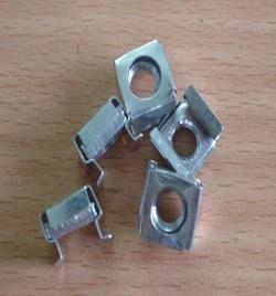 Ốc vuông M6 lắp tủ Rack, tủ mạng (màu trắng) 7