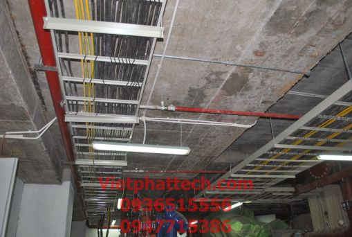 Thang cáp (cable ladder) 300x100 2