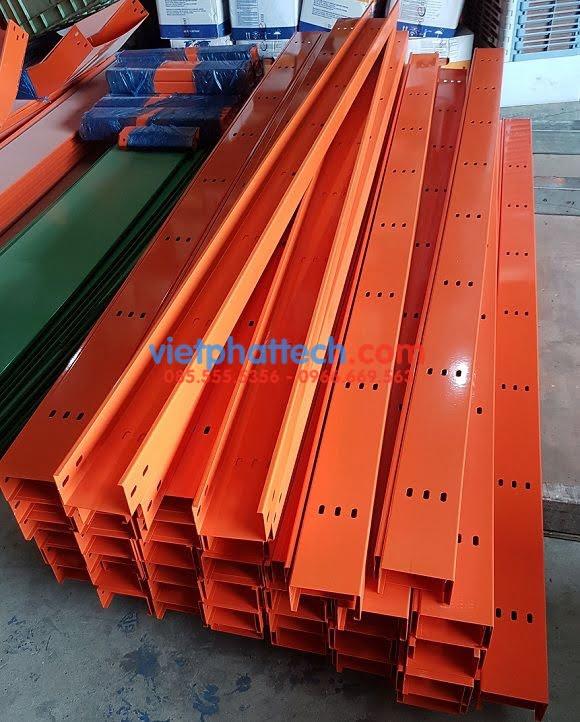 Cable trunking, máng cáp 100x75 sơn tĩnh điện 8