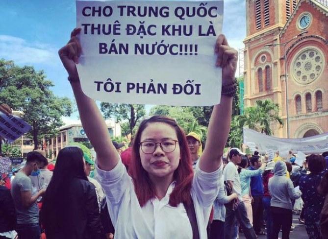 Image result for Việt Nam vũng lên lật VC