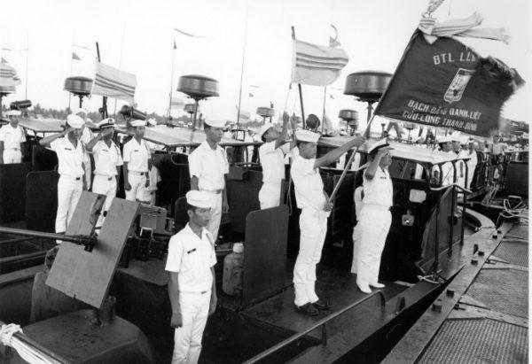 Nói Với Anh 10: Hải Quân QLVNCH  (Hà Vân thực hiện)
