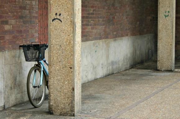 Cambridge: Random smiley faces in the street.