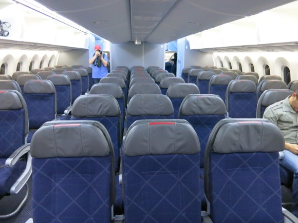 What Is American Airlines 787 Economy Like