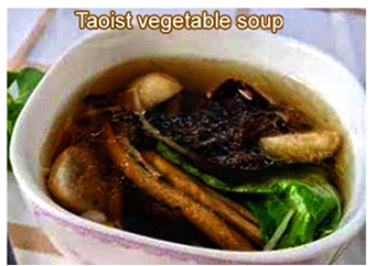 Soup with assorted mushrooms