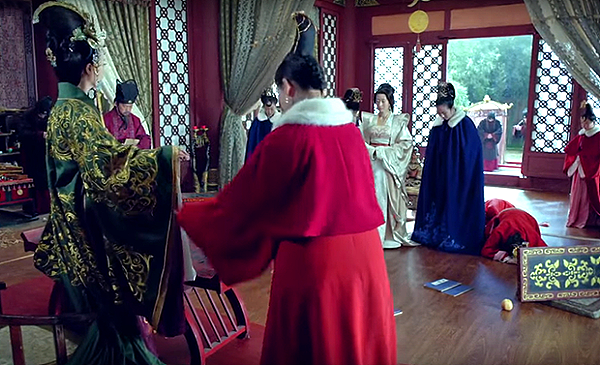Empress raiding the chamber of Prince Jing's mother