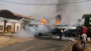 Fire razes 15 shops, 10 vehicles in Ebonyi