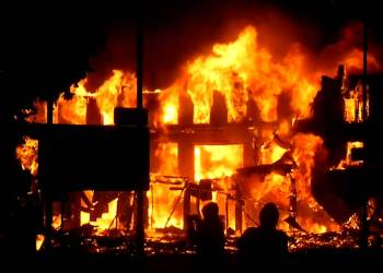 Fire razes building, 'property worth millions' in Enugu