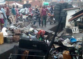 BREAKING: Fire destroys houses, shops in Ogun