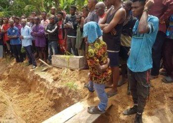 Angry youths burn Ebonyi commissioner's house, banish husband