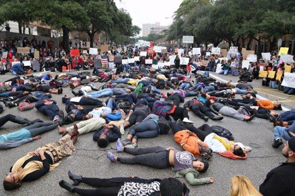 2014-12-05_Garner_Protest_Marshall.Tidrick51177