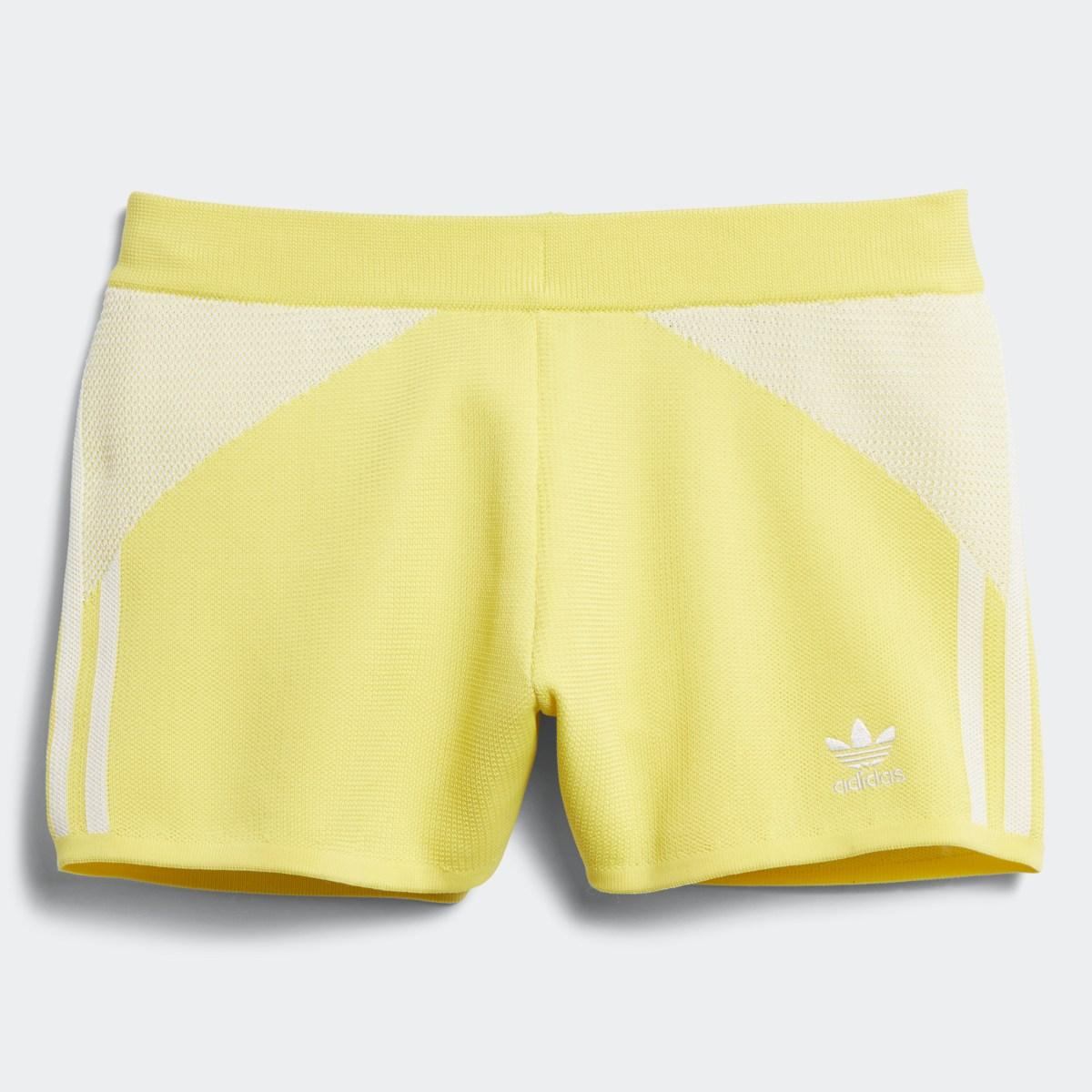 Yellow_Shorts