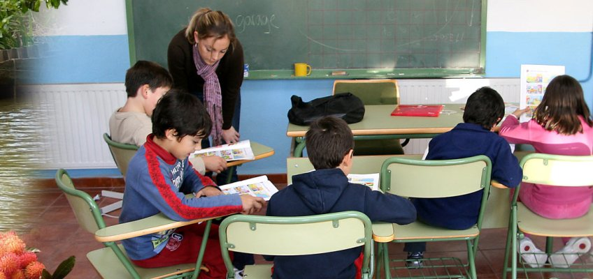 Earning Money While Travelling – Teach English in a Foreign Country