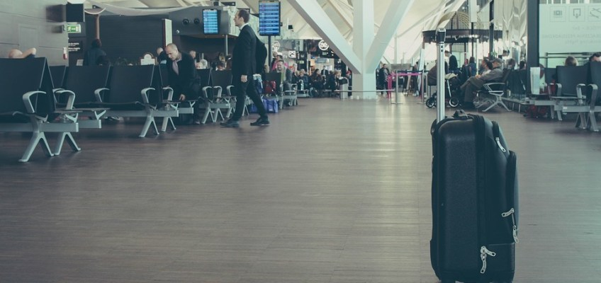 How to Avoid Getting Hit by Flight Delays