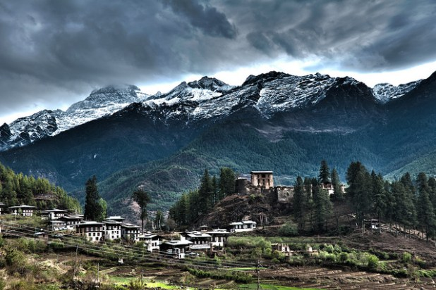 Drukgyal Dzong was a fortress and monastery in the Paro valley in Bhutan built around 1650, but has been in ruins since a fire in 1951. (Photo by Simon Pascoe, Creative Commons License)