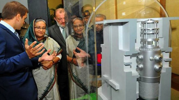 Bangladeshi Prime Minister Sheikh Hasina Wajid being briefed about Rooppur nuclea power plant using a model of the project. (Photo via Dhaka Tribune)