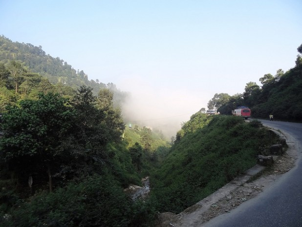 A section of Prithvi Highway in Nepal. (Photo by william Veerbeek, Creative Commons License)