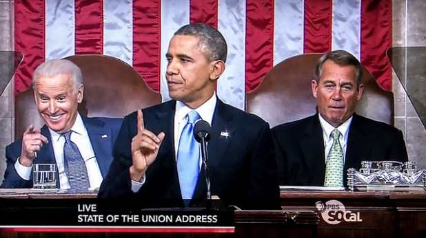 The President and Vice President simultaneously employ their right index fingers during Obama's 2014 State Of The Union speech. (Photo by Russ Allison Loar, Creative Commons License)