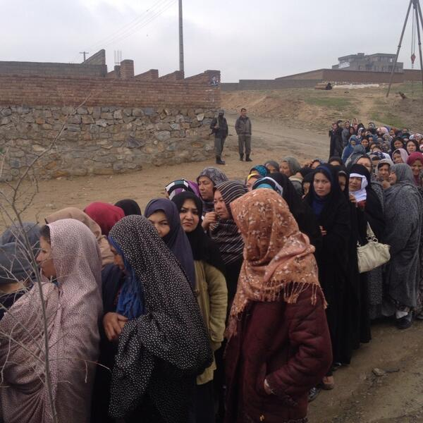 Afghan women stand in a line to cast their vote during April 5 elections. (Photo via twitter)