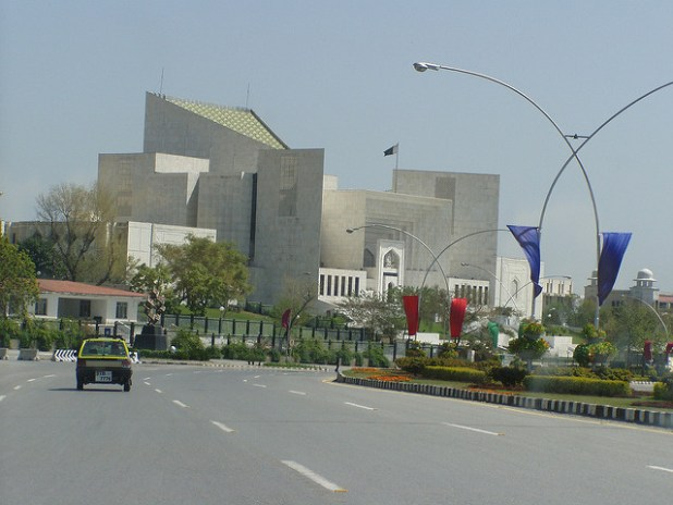 The Supreme Court of Pakistan's building in Islamabad where Panamagate hearing is being held. (Photo by Aamer Ahmed, CC license)